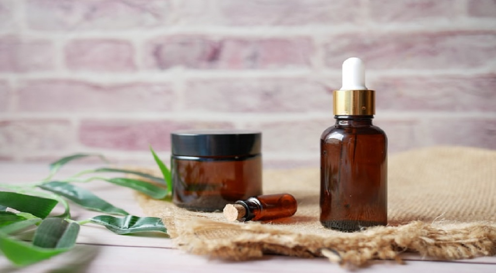 CBD Oil and Cancer: 7 Things to Know